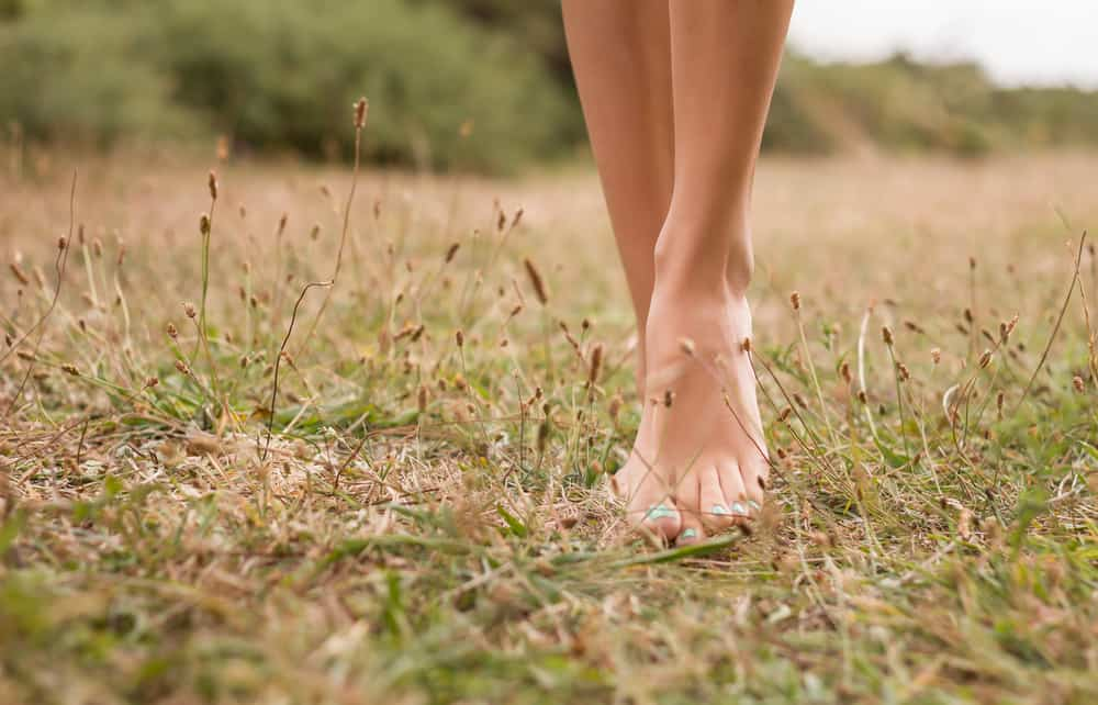 The Incredible Benefits of Going Barefoot